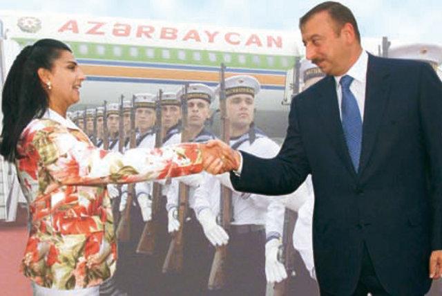 Nourida Ateshi mit dem azerbaidschanischen Diktator Aliew in Berlin