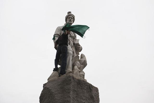 Pirouze Parsi go green