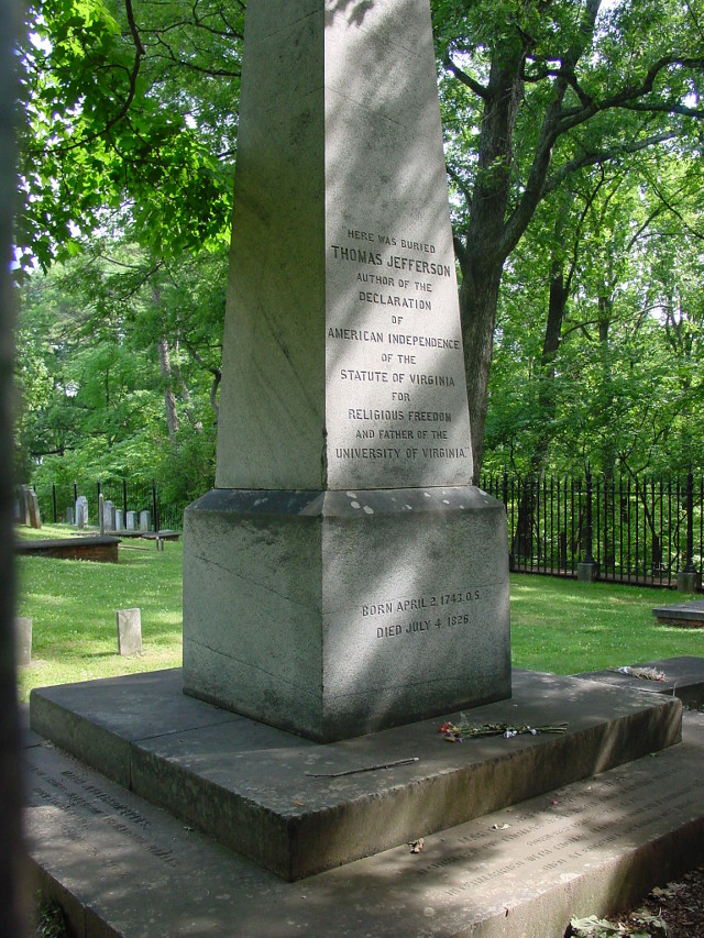 Thomas_Jefferson's_Grave_Site