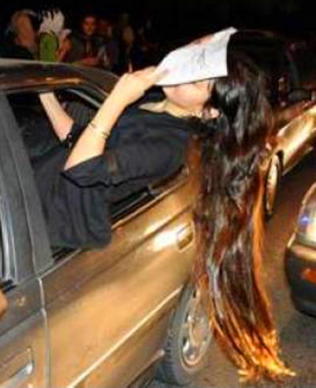 Funky Iranian Counterjihad - Woman in Iranzamin