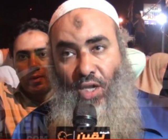Pro Mursi-Anhänger. Ursprünglich edle Einhörner, die es sich abgesäbelt haben, um friedlich unter uns Menschen zu leben