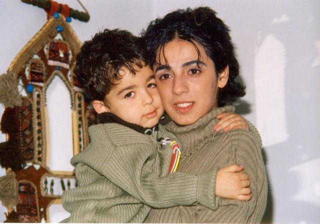 Masih Alinejad und ihr Sohn - Quelle Facebook