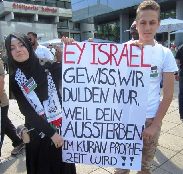 German Muslims want to destroy Israel