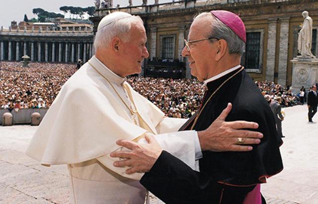 Prälat von Opus Dei Bischof Alvaro del Portillo mit John Paul II