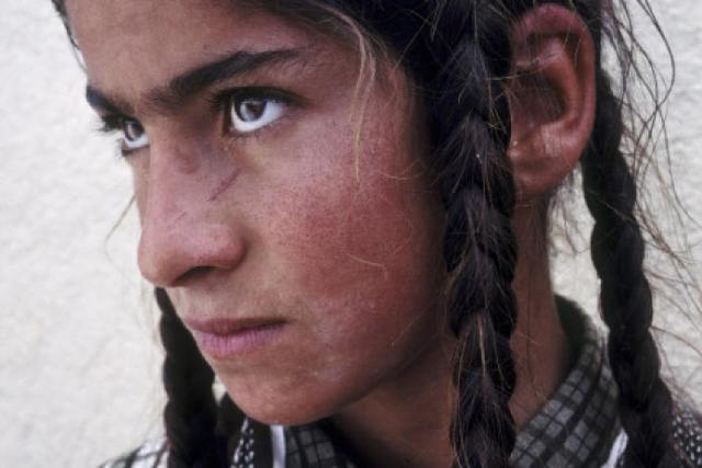 Ezidi girl held captive by IS fighters in northern Mosul