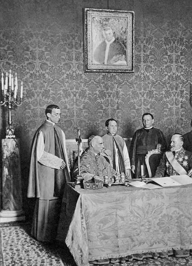 """MarrydelValpacelli - Feierlicher Abschluss eines Staatskirchenvertrags (hier Konkordat mit Serbien, 1914)  """"G.<iuseppe> Felici, fotografo papale"""" (1839-1923) - Vatican photo"""