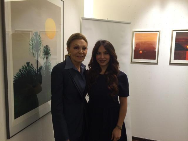 Enissa Amani with Farah